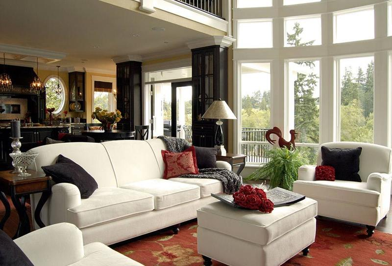 21 Living Rooms With Huge Picture Windows-1