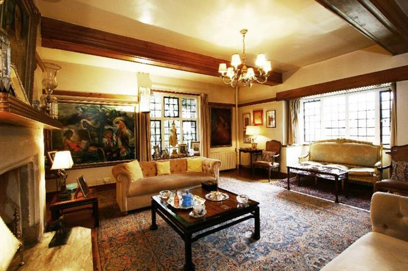 24 Elegant Living Room Designs-6