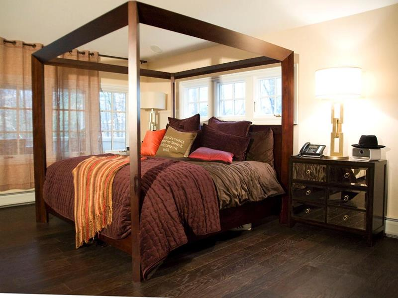 28 Master Bedrooms With Hardwood Floors-14