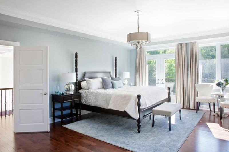 28 Master Bedrooms With Hardwood Floors-20