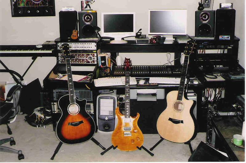 18 Amazing Home Studio Setups Any Musician Would Love-9