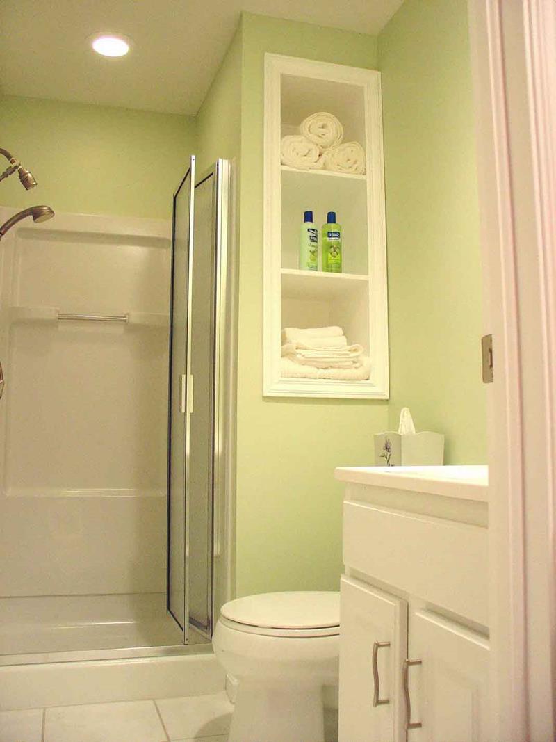 21 Simply Amazing Small Bathroom Designs-15
