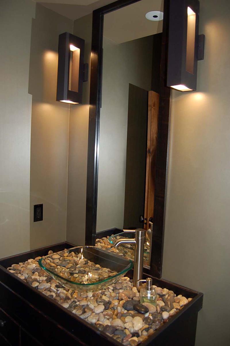 21 Simply Amazing Small Bathroom Designs-16
