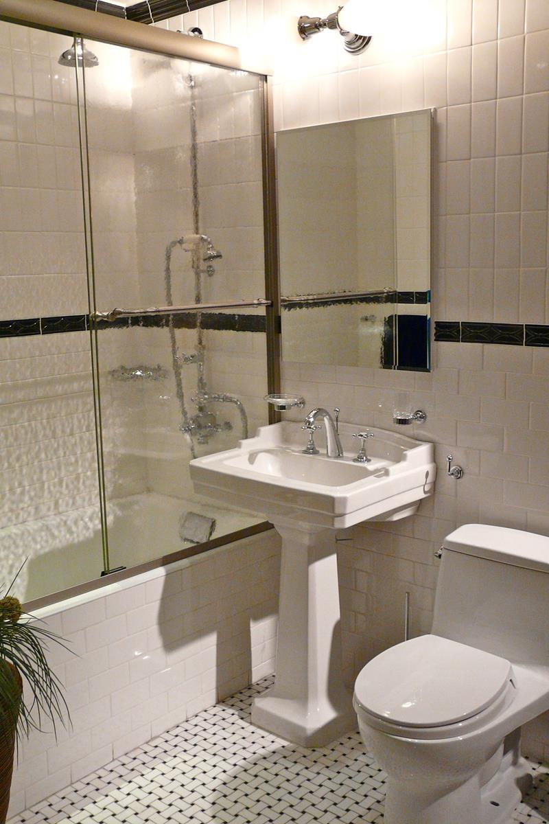 21 Simply Amazing Small Bathroom Designs-4