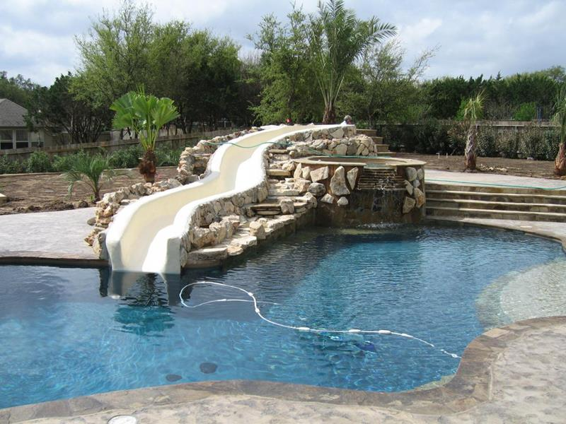 23 Awesome In Ground Pools You Have to See to Believe-7