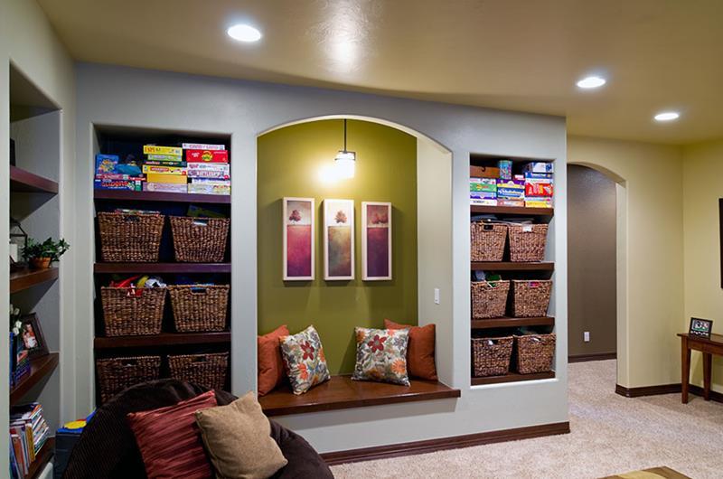 25 Inspiring Finished Basement Designs-23