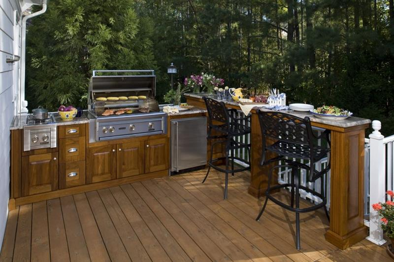 25 Outdoor Kitchen Designs That Will Light Up Your Grill-17