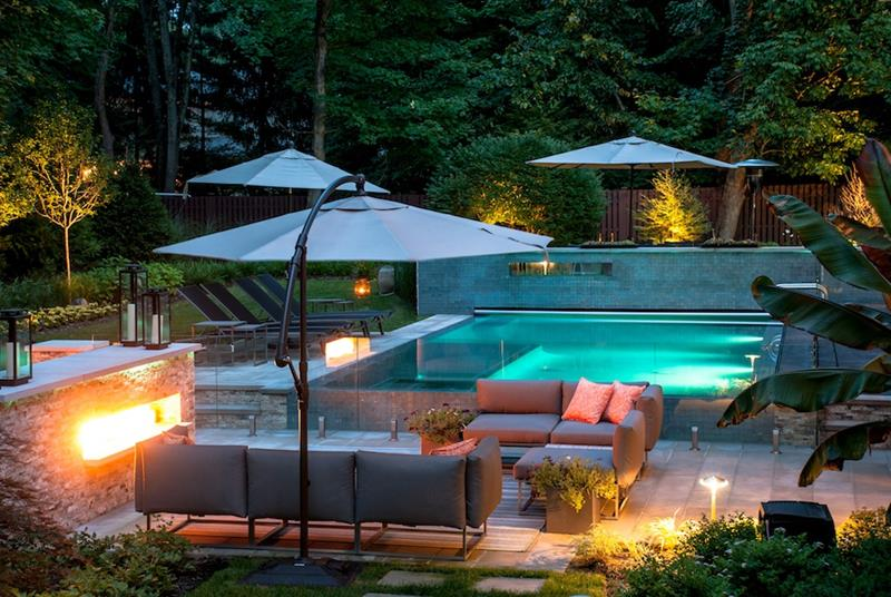 23 Visually Interesting In Ground Pool Designs-6