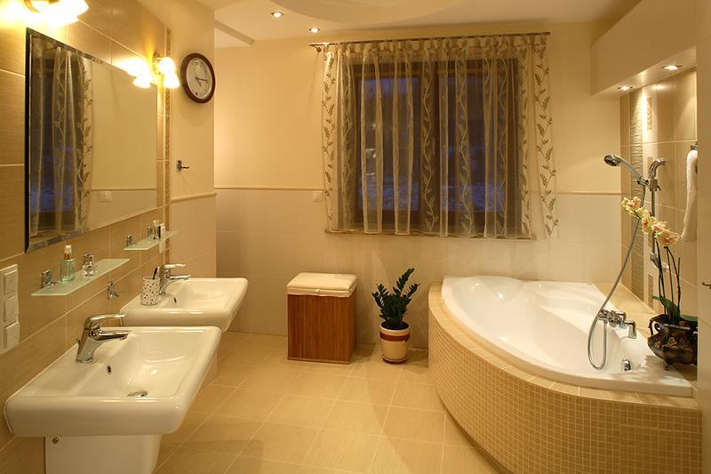 24 Incredible Master Bathroom Designs-10