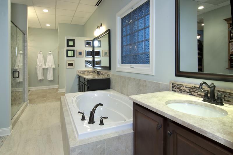 24 Incredible Master Bathroom Designs-12