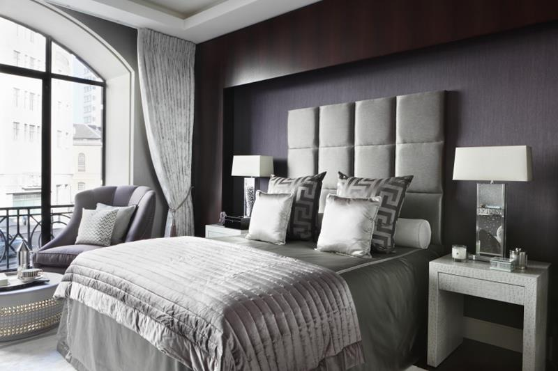 25 Dark Master Bedroom Designs Perfect for Snoozing-22