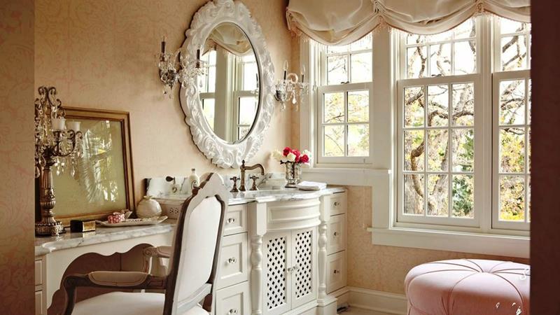 25 Serene and Feminine Bathroom Designs-4