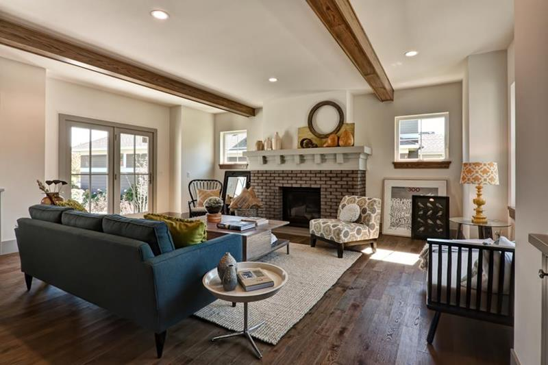 25 Stunning Living Rooms With Hardwood Floors-18