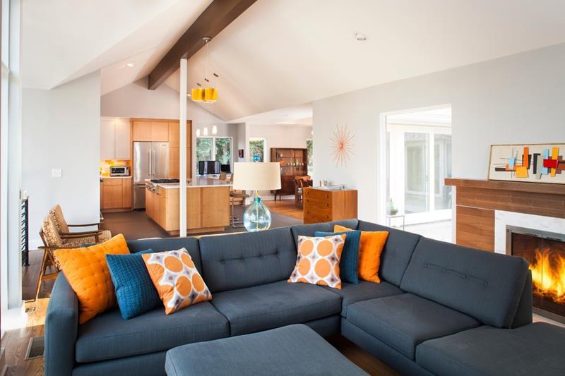 27 Beautiful Mid Century Living Room Designs-16