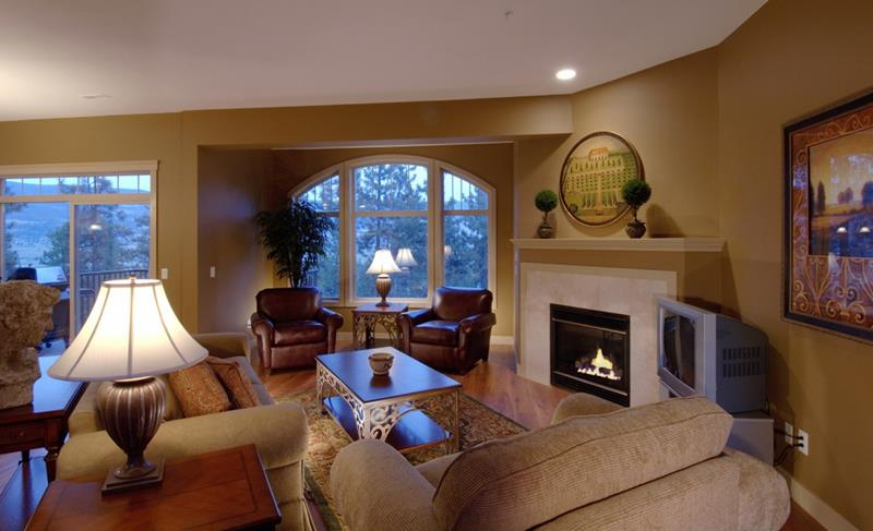 27 Comfortable and Cozy Living Room Designs-7