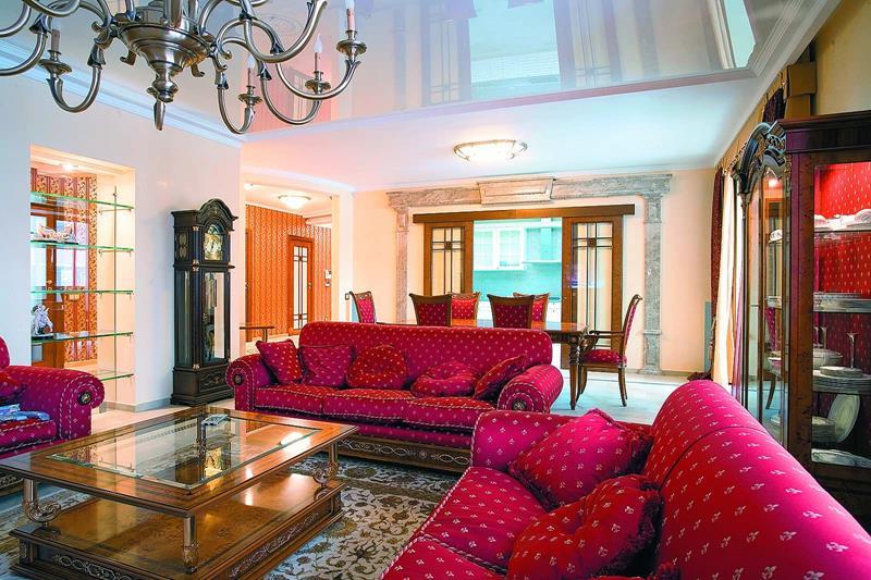 127 Luxury Living Room Designs-86
