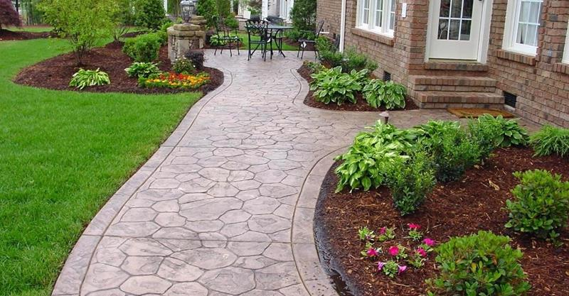 19 Home Walkway Design Ideas-title