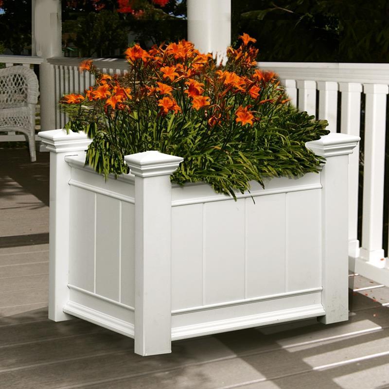 21 Beautiful Flower Box Design Ideas-12