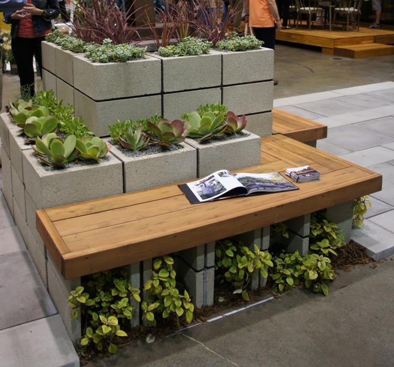 21 Beautiful Flower Box Design Ideas-18