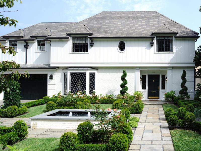 22 Pristine White Home Exteriors-2