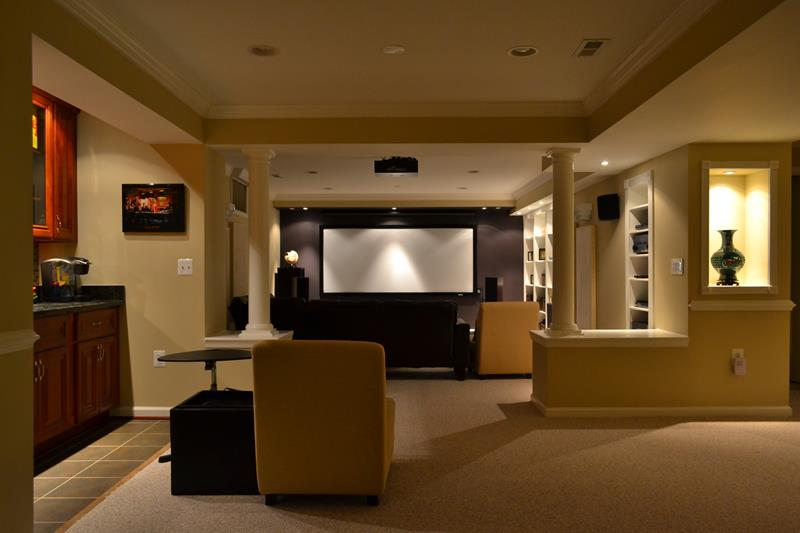 23 Amazing Finished Basement Theaters for Movie Time-1