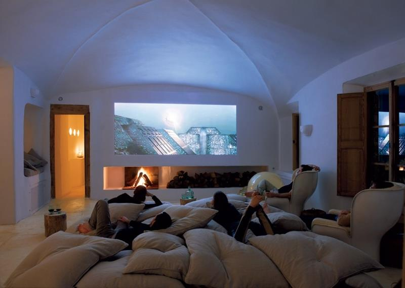 23 Amazing Finished Basement Theaters for Movie Time-10