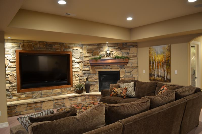 23 Amazing Finished Basement Theaters for Movie Time-17