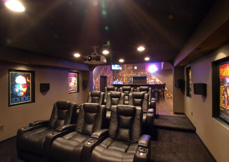 23 Amazing Finished Basement Theaters for Movie Time-4