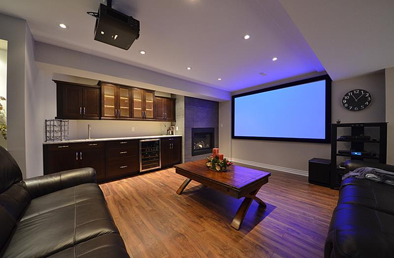 23 Amazing Finished Basement Theaters for Movie Time-5