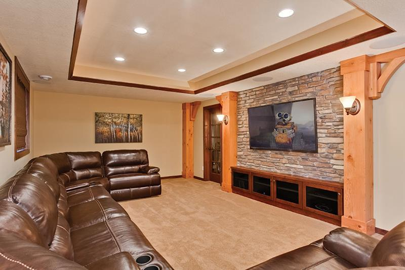 23 Amazing Finished Basement Theaters for Movie Time-7