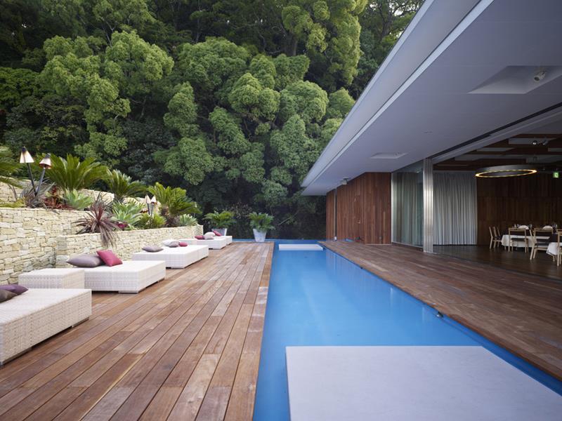 23 Amazing Small Swimming Pool Designs-12