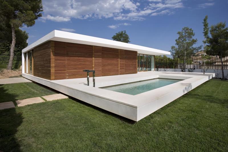 23 Amazing Small Swimming Pool Designs-13