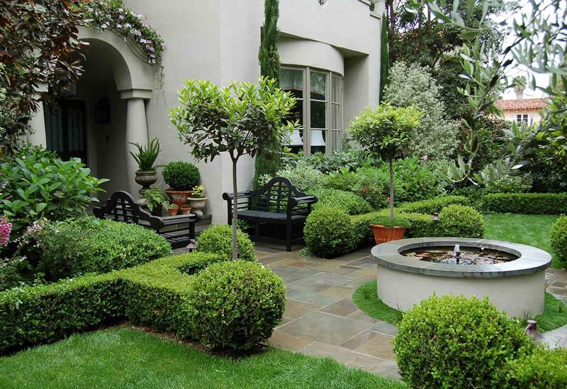 23 Pictures of Beautifully Landscaped Front Yards-15