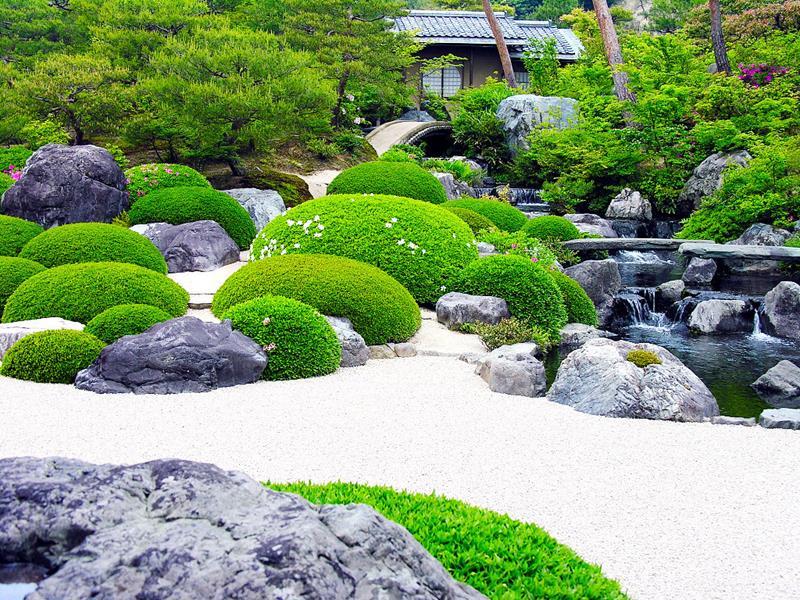 24 Beautiful Backyard Landscape Design Ideas-12