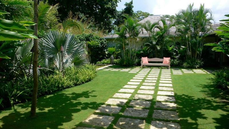 24 Beautiful Backyard Landscape Design Ideas-2