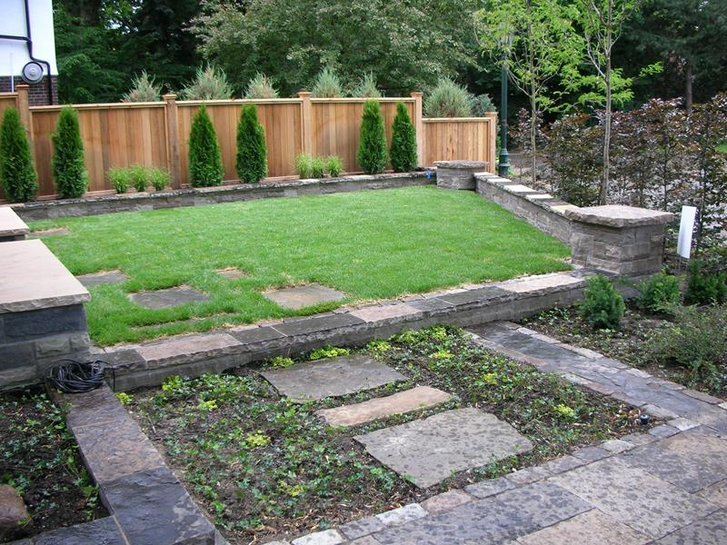 24 Beautiful Backyard Landscape Design Ideas-23