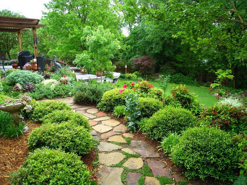 24 Beautiful Backyard Landscape Design Ideas-3