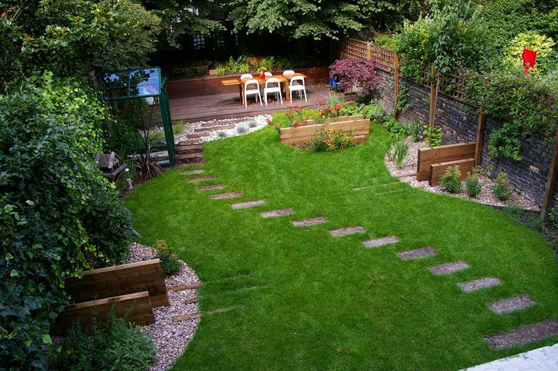 24 Beautiful Backyard Landscape Design Ideas-8