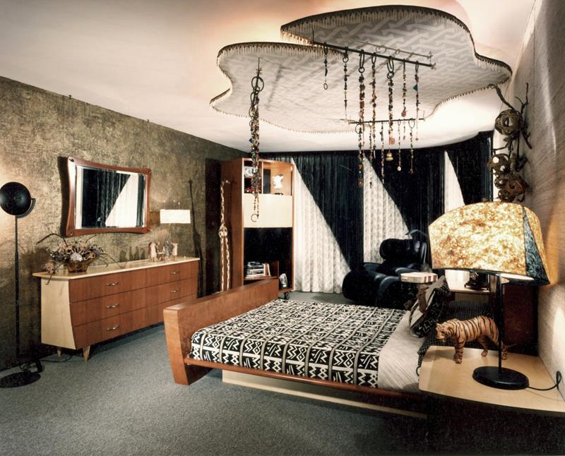 24 Beautiful Mid Century Bedroom Designs-15