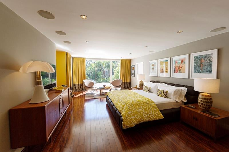24 Beautiful Mid Century Bedroom Designs-16