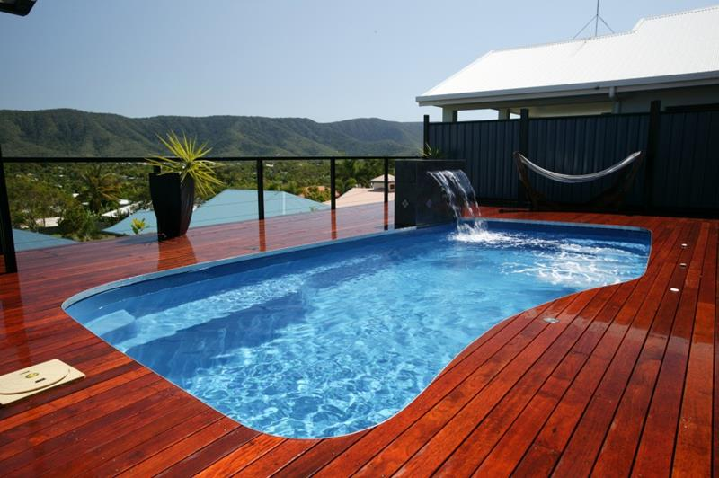 25 Awesome Pools With Equally Awesome Decks-2