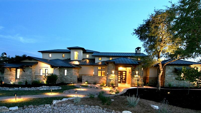 image named 25 Luxury Home Exterior Designs title