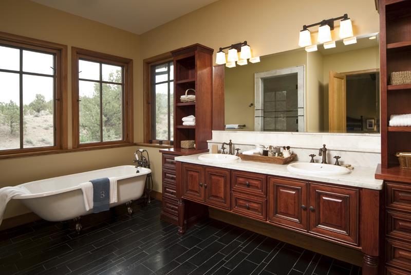26 Beautiful Wood Master Bathroom Designs-15