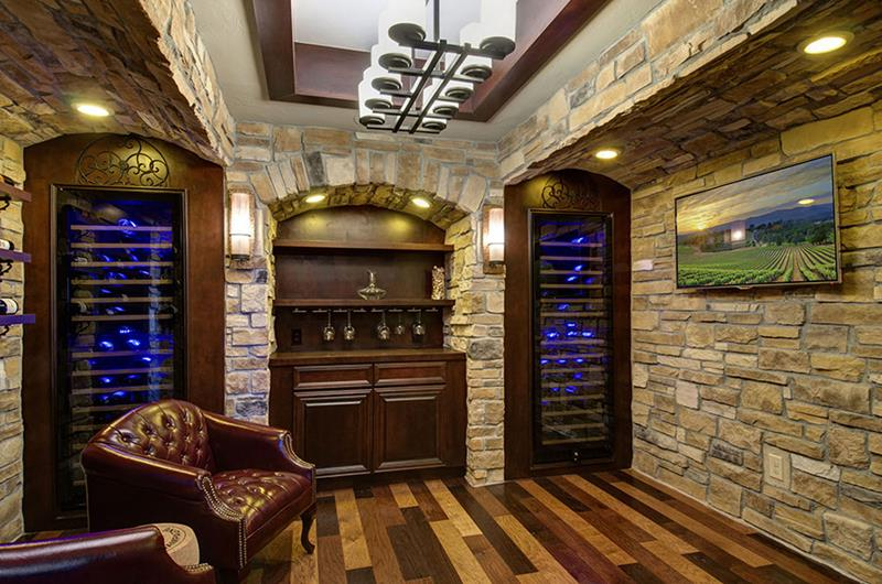 27 Luxury Finished Basement Designs-17