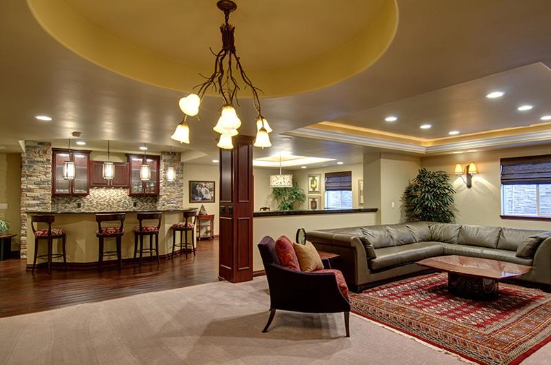 27 Luxury Finished Basement Designs-20