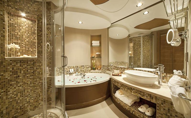 28 Stunningly Luxurious Bathroom Designs-title