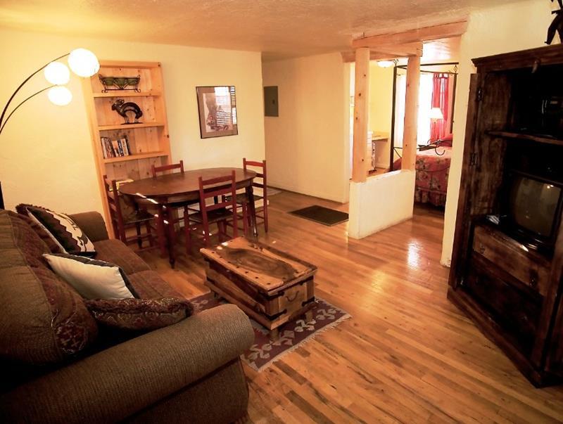 74 Small Living Room Design Ideas-12