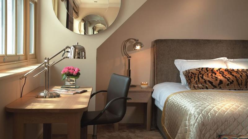 The Ultimate Bedroom Design Guide-3g