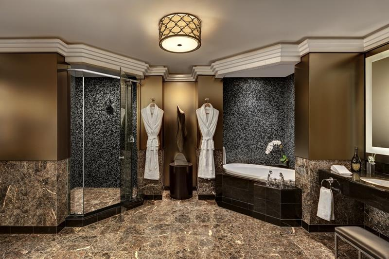 37 Bathrooms With Walk In Showers-15