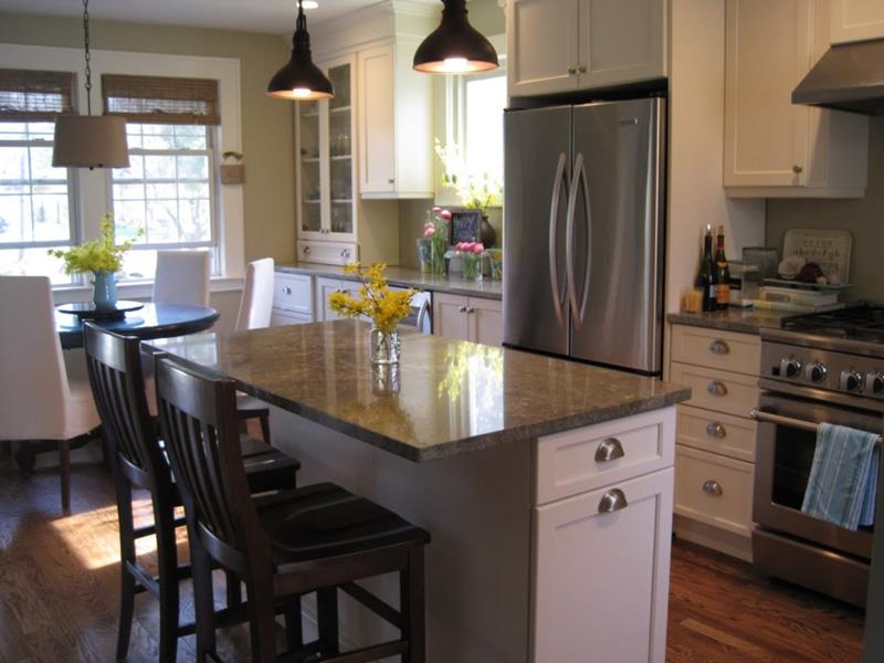 51 Awesome Small Kitchen With Island Designs-15